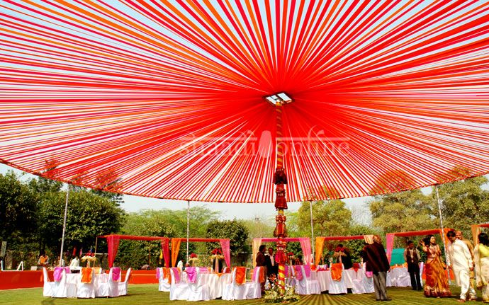 Wedding dcor delhi wedding decor red weddings pinterest wedding dcor delhi wedding decor junglespirit Gallery
