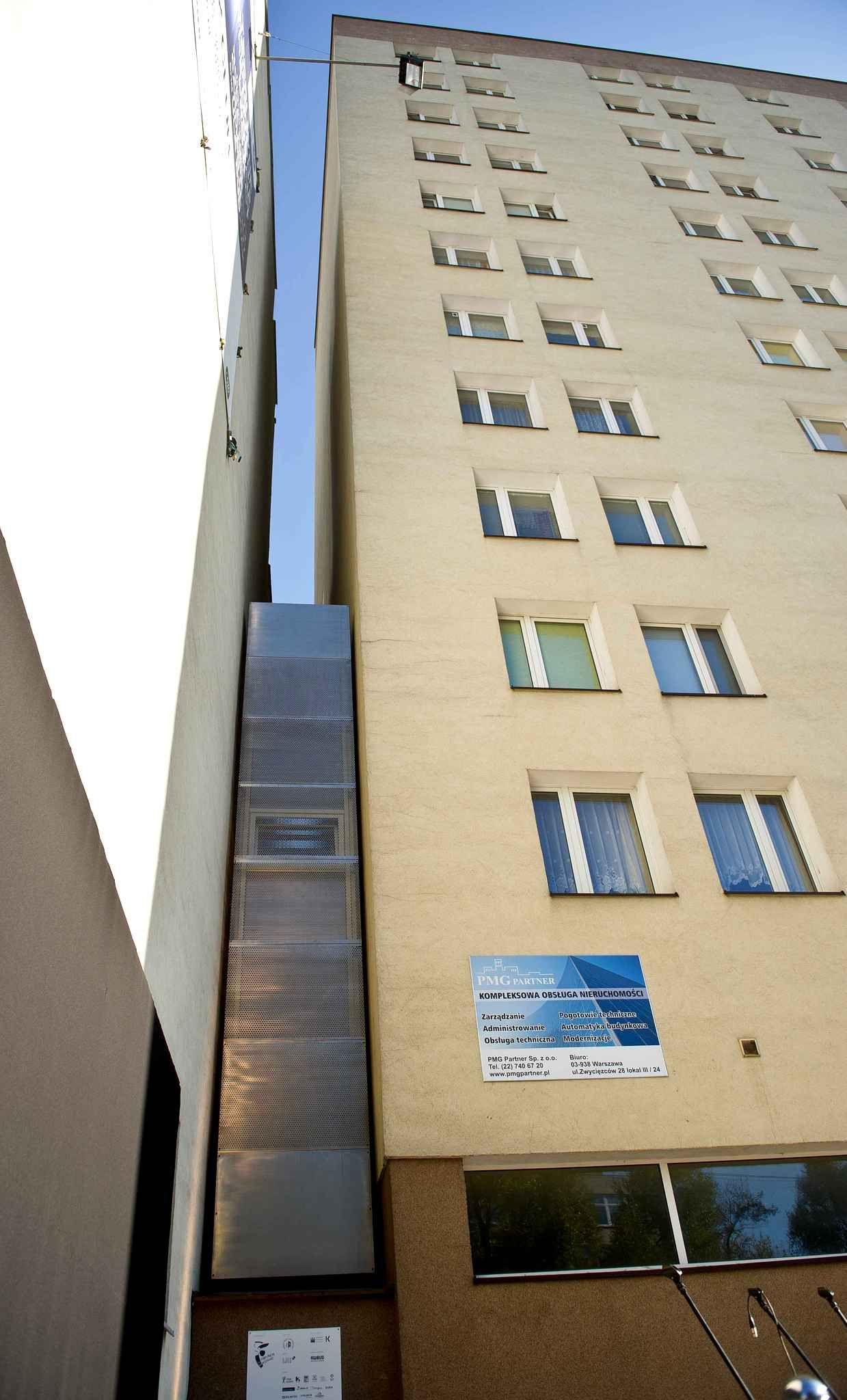 a varsovie il existe la maison la plus fine du monde elle se nomme
