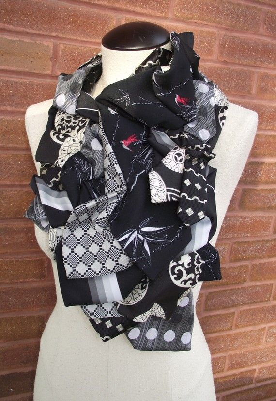 Albertine-Handstitched Upcycled Vintage Necktie Collar-Bamboom