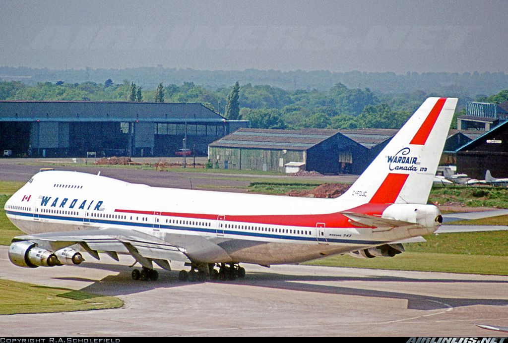 Boeing 7471D1 Wardair Canada Aviation Photo 2375898