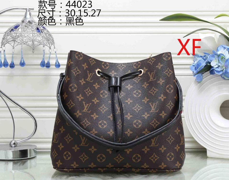 cd9b2b74d9df 46 Styles Fashion Bags 2017 01 Ladies Handbags Designer Bags Women Tote Bag  Luxury Brands Bags