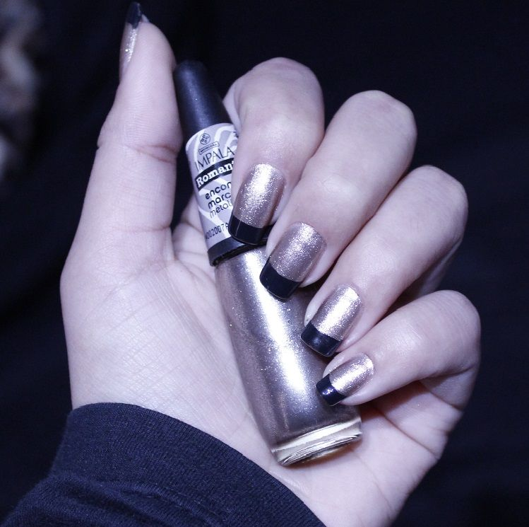 Rose gold nails with black french tips. #nails #nailart