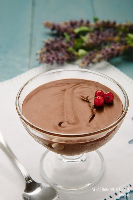 Easy recipe for a perfect chocolate mousse. Recommended! Like, share and repin! | Recipes ...