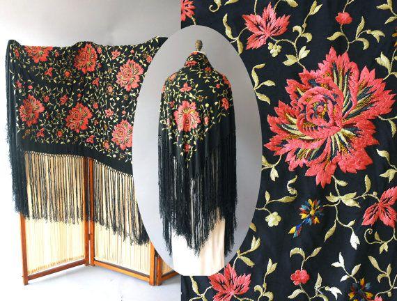 1920s Piano Shawl / Silk Wild Flowers Shawl by