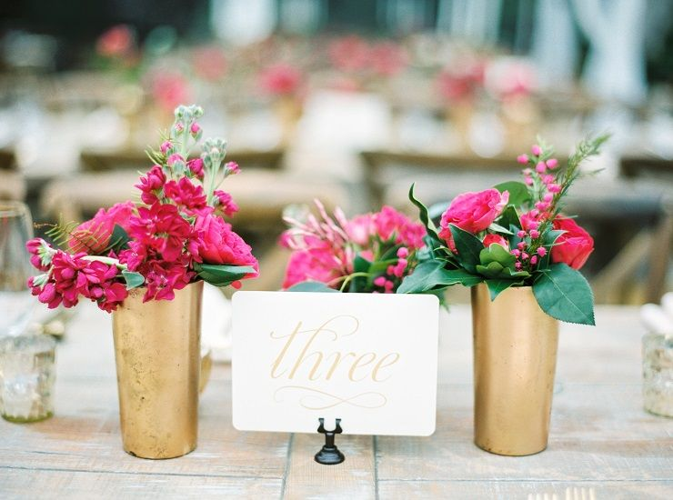 Beautiful wedding table decoration | pink and gold wedding centerpieces | fabmood.com