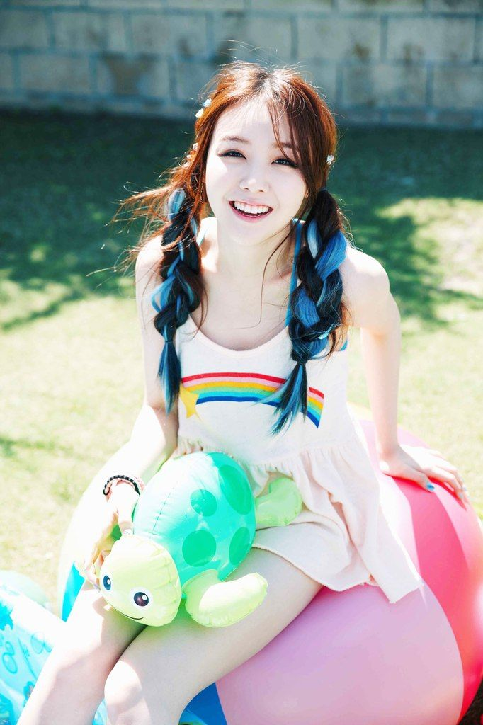 Girls Day Minah - Born in South Korea in 1993. #Fashion #Kpop