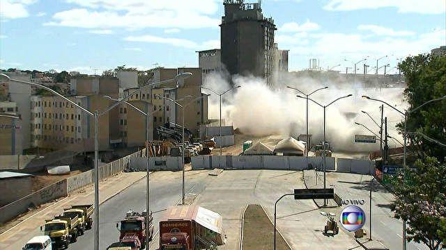 Cazuza: Implosão de Viaduto Guararapes leva três segundos ...