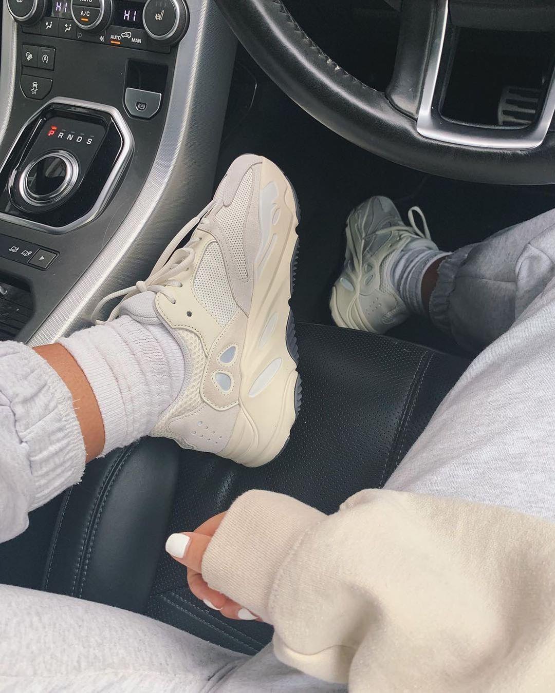 Yeezy shoes women