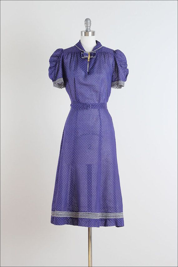 Button Blues . vintage 1940s dress . vintage cotton dress . 4824 ...