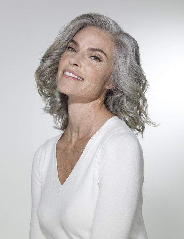 Cheveux gris on ose cette tendance Cheveux gris