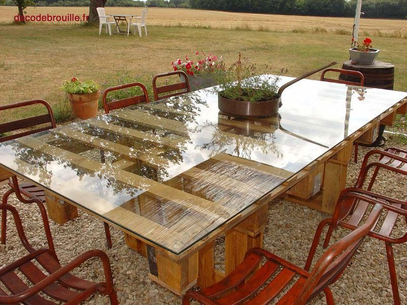 Pallet dining table recycled pinterest for Table jardin palette