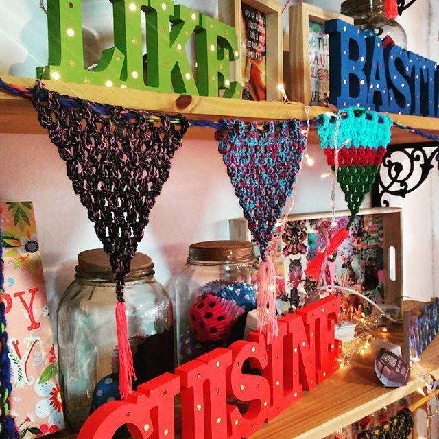 Carteles luminosos!!⭐⭐ conseguilos en ⭐TIENDA ONLINE www.dulcemorada.com.ar⭐ .  #deco #home #design #diseño #decor #decoration #decoracion #hogar #cool #onda #colores #retro #vintage #old #homesweethome #handmade #homemade #homevintage #hechoconamor #love #dulcemorada #puertodefrutos #shop #shoponline #ecommerce #tiendanube #living #cocina #kitchen . Fb!! .com/dulce.morada.1