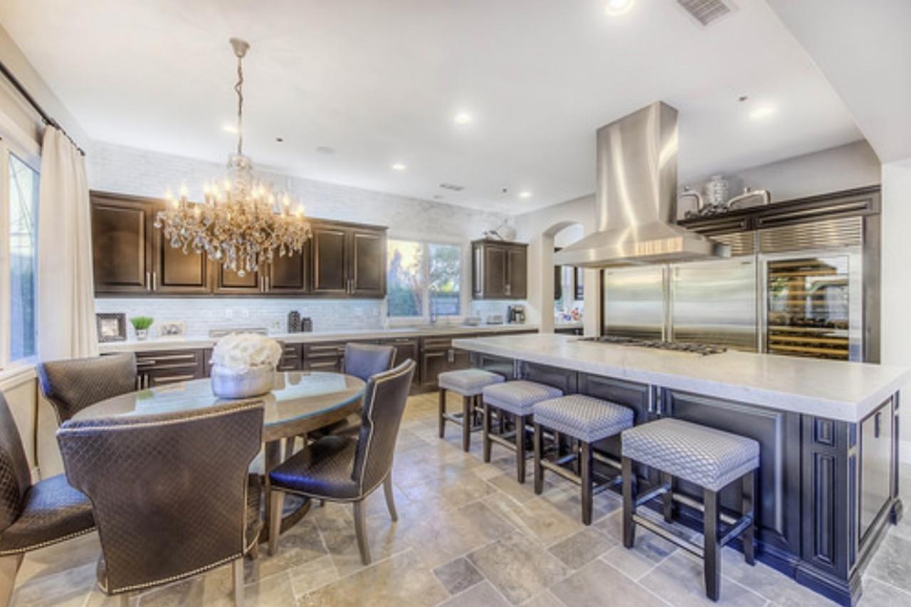 Dream house kitchen design -  Flip Or Flop Fans Step Inside Christina And Tarek S Totally Renovated Home Flip Or Flopbig Kitchenkitchen Ideasdream Kitchensdesign
