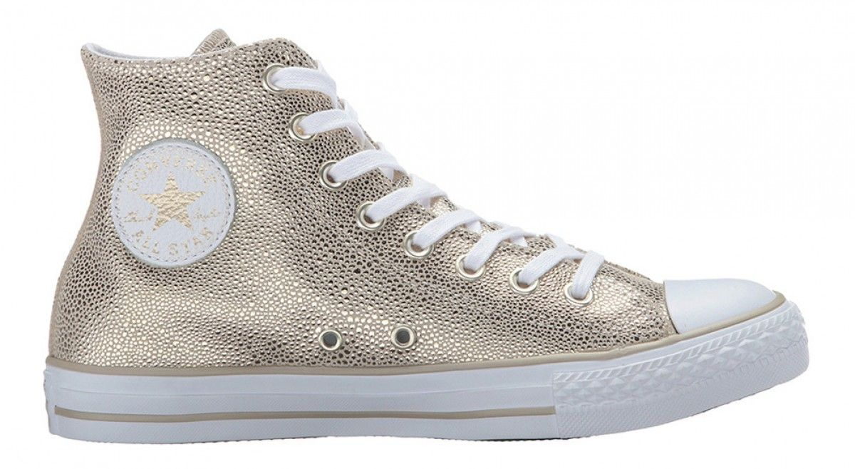 2e22e8d807b8e9 Converse Women s Chuck Taylor All Star Hi Top Stingray Metallic Light Gold  Black White