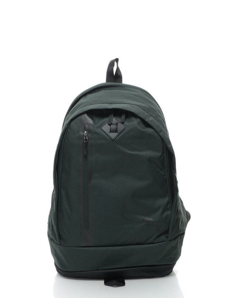24c6d02699ce Nike Cheyenne Backpack Size 27 Litres Green Unisex  Nike  Backpack ...