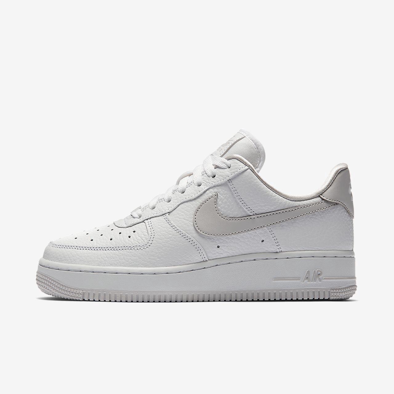 meet e68a8 89c85 NIKE Nike Air Force 1 07 SE Womens Shoe. nike shoes
