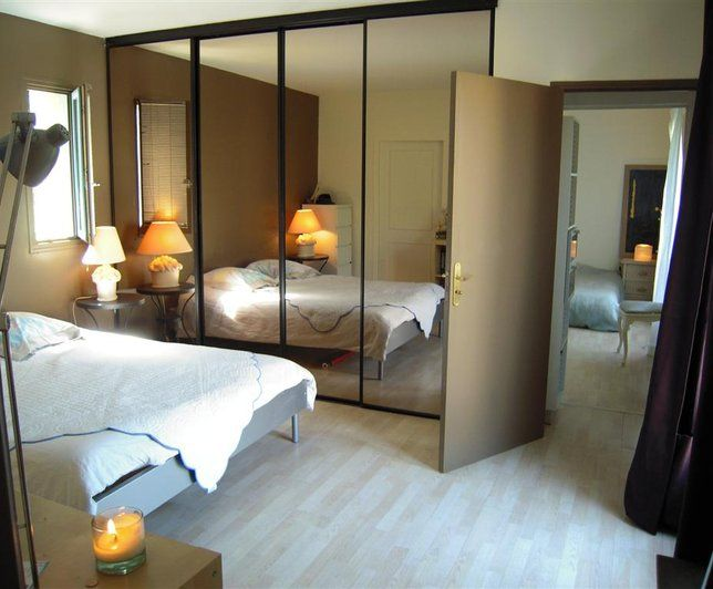 photo deco chambre marron moderne maison usa moderne et lumineuse avec jardin bedroom. Black Bedroom Furniture Sets. Home Design Ideas