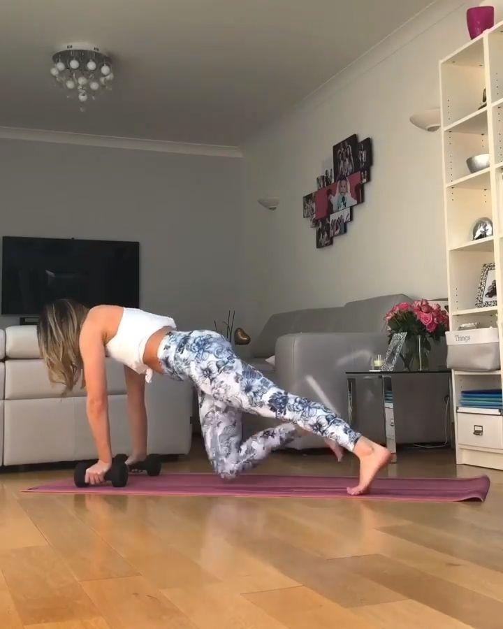 5 kraftvolle Übungen, um die stärksten Bauchmuskeln und den stärksten Kern aller Zeiten aufzubauen   - Egzersiz -