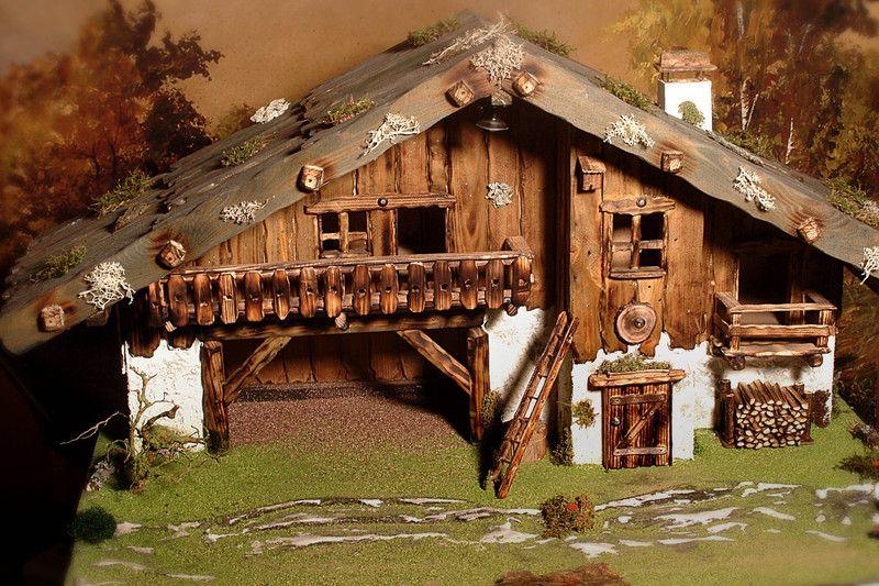Krippen - Weihnachtskrippe im alpenländischen Stil - ein Designerstück von Sternschnuppe1706 bei DaWanda #weihnachtenholz
