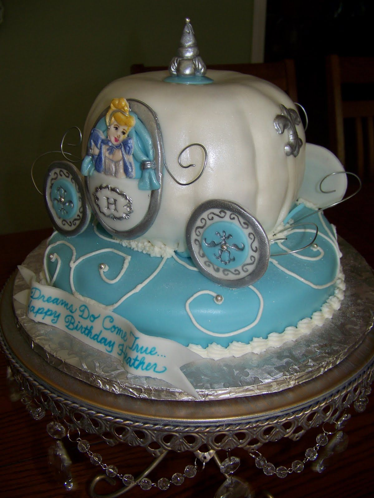 Cake Design Cinderella : Cinderella Carriage Cake Cinderella s Carriage Cake ...