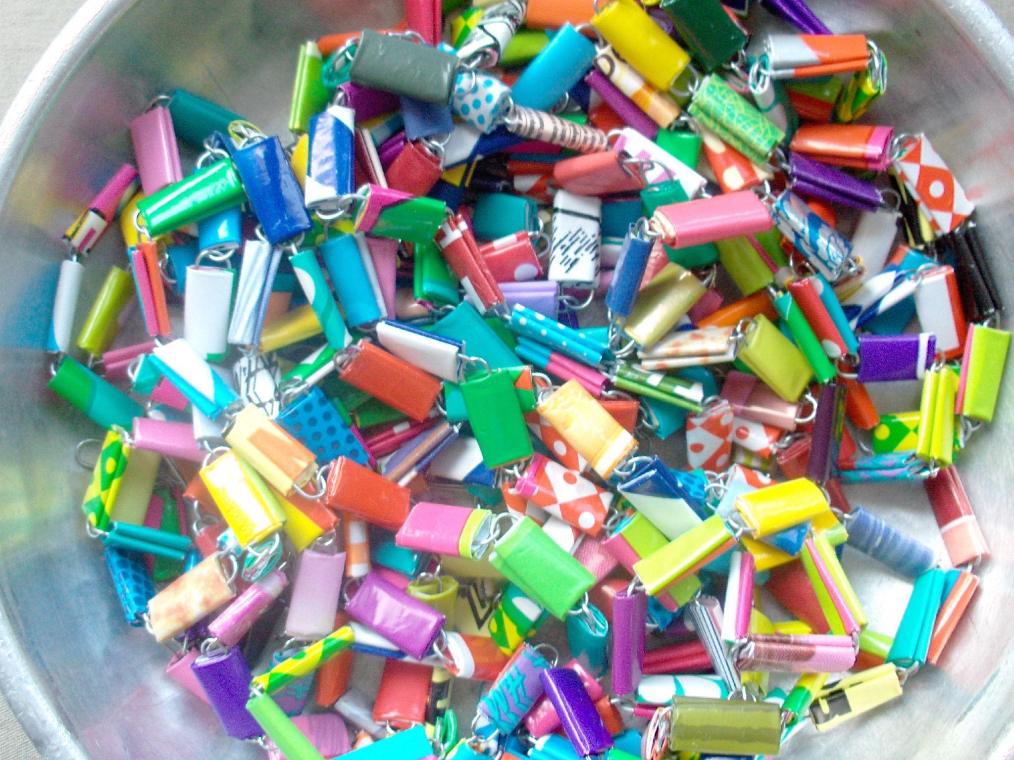 Vliegengordijn Plastic Slierten.Vliegengordijn Van Paperclips En Plastic Zak Fly Curtain And Paper
