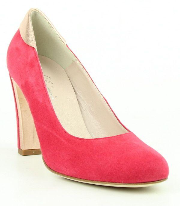 prachtige roze pump van het merk lilian. http://www