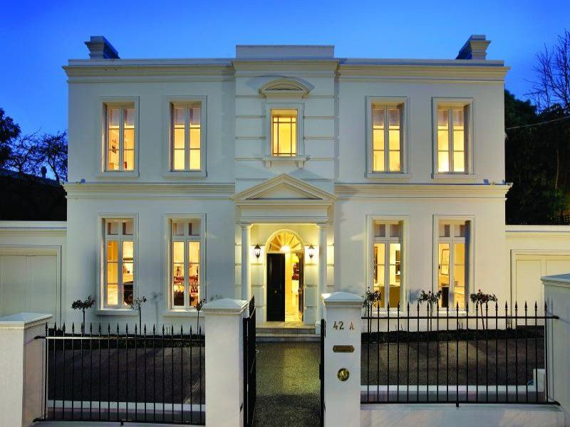 Beautiful white house in Toorak Melbourne australianhomes