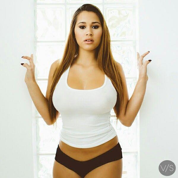 sexy kurvige Latina Frauen