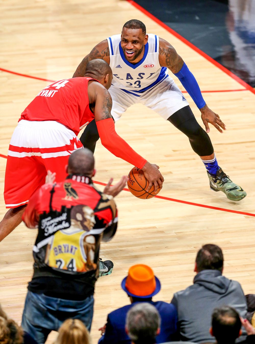Miami heat lebron jamess vs golden state warriors nba2k17 miami - Lebron James And Kobe Bryant Exciting Photos From The 65th Nba All Star Game
