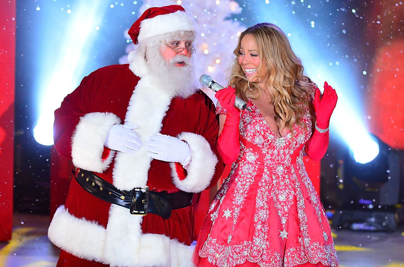 Mariah Carey S All I Want For Christmas Is You Is Highest Charting Billboard Hot 100 Holiday Hit In 60 Years Holiday Pops Christmas Song Billboard Hot 100