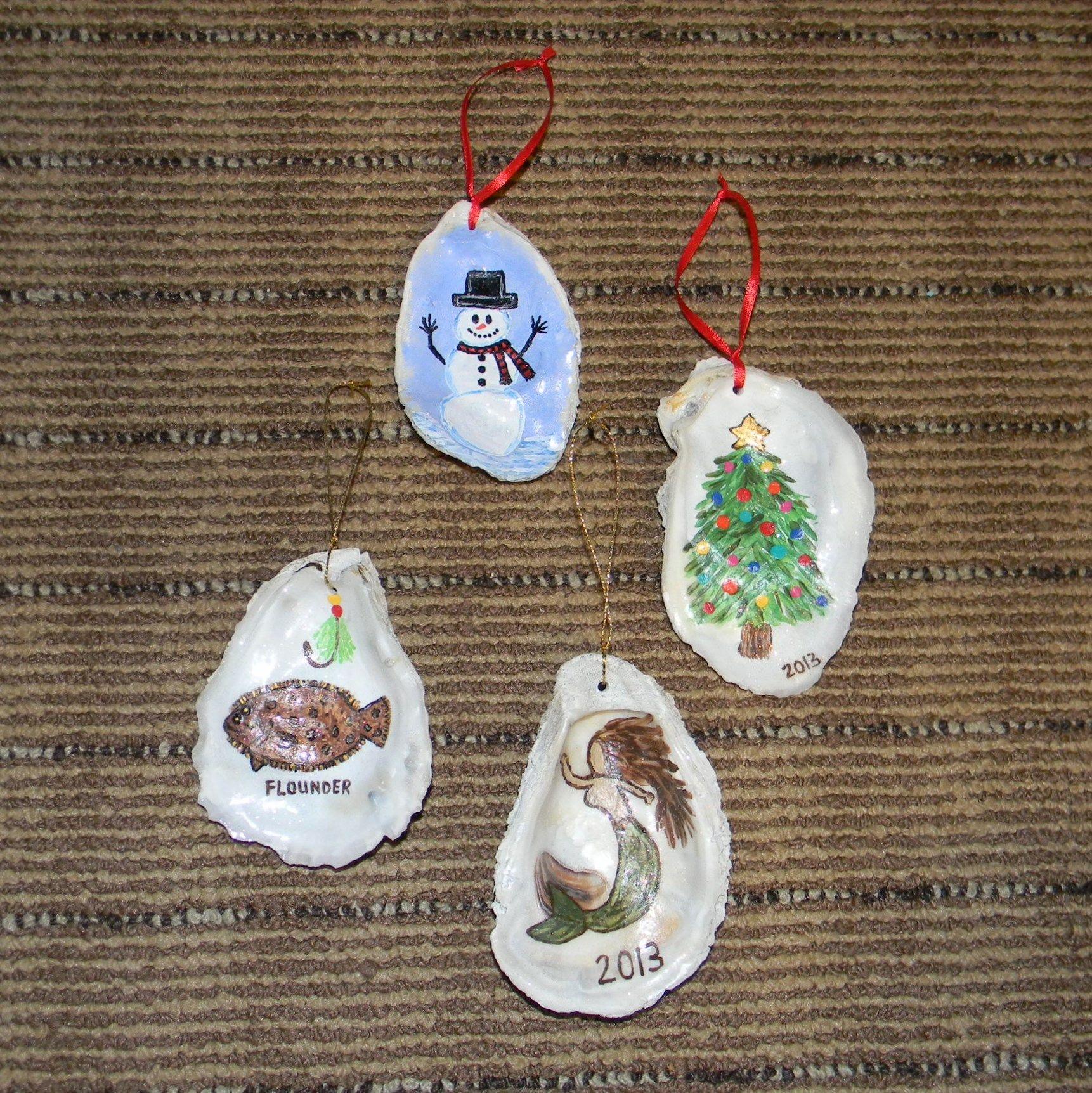 Www Facebook Com Renewedbypaint Hand Painted Oyster Shell Ornaments Oyster Shell Crafts Oyster Ornament Oyster Shells Diy