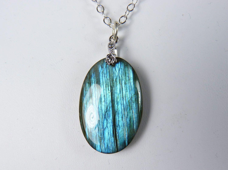 Silver Labradorite Necklace ~ Blue Labradorite Pendant ~ Labradorite Jewelry ~ Labradorite Sterling Silver Necklace ~ Leaf necklace ~ Leaves