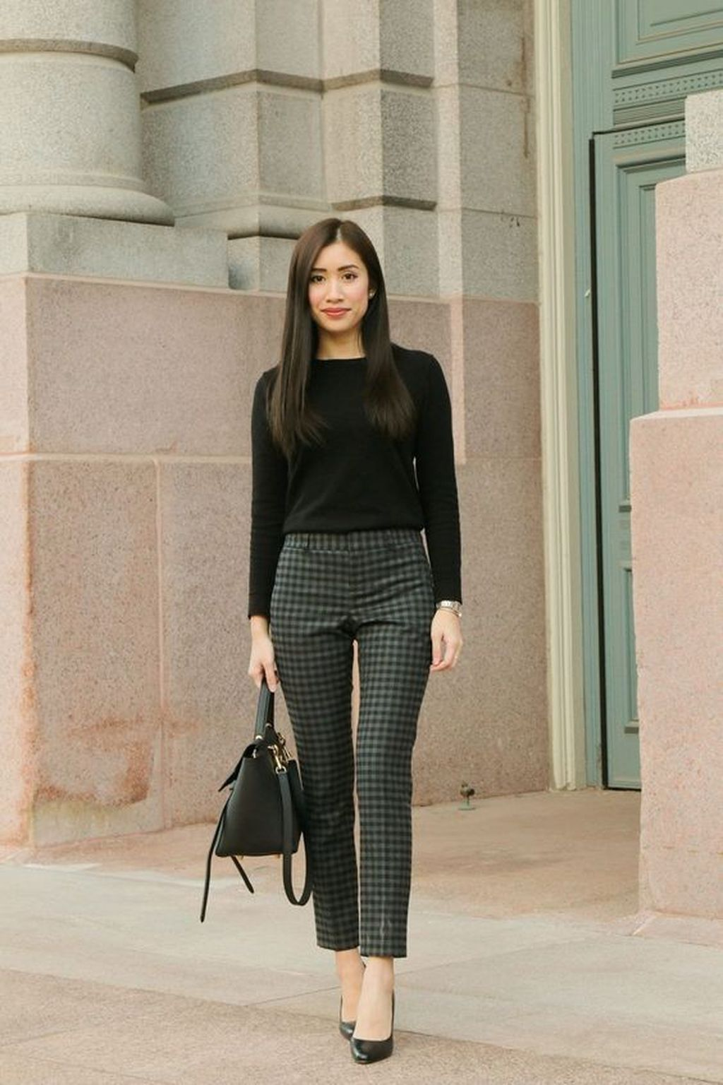 30 Chic Professional Work Outfits Ideas For Women Over 30 Professional Work Outfit Office Wear Women Fashionable Work Outfit
