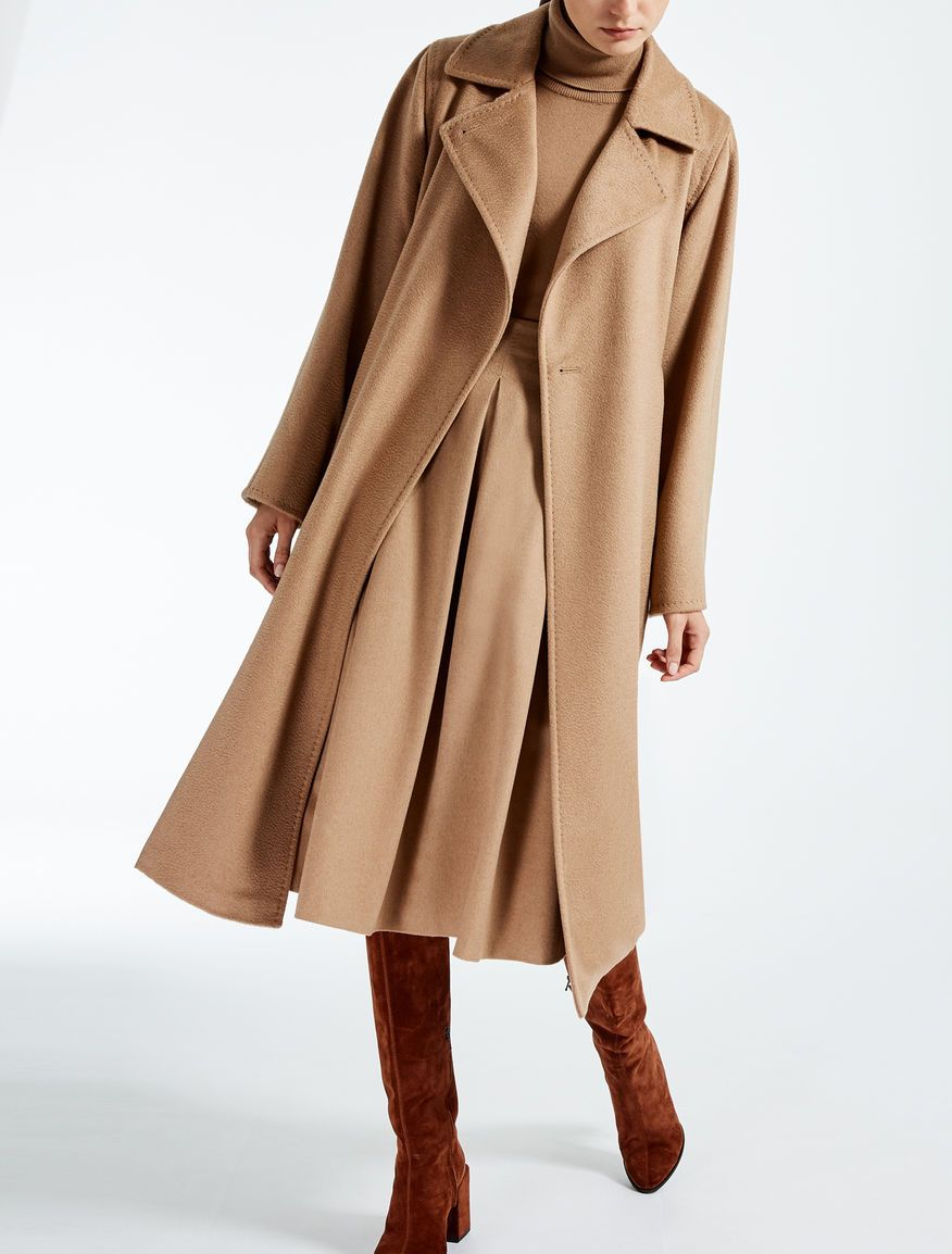 18d189912e6385 Max Mara MANUELA black: Camelhair coat. | Suits and Style in 2019 ...