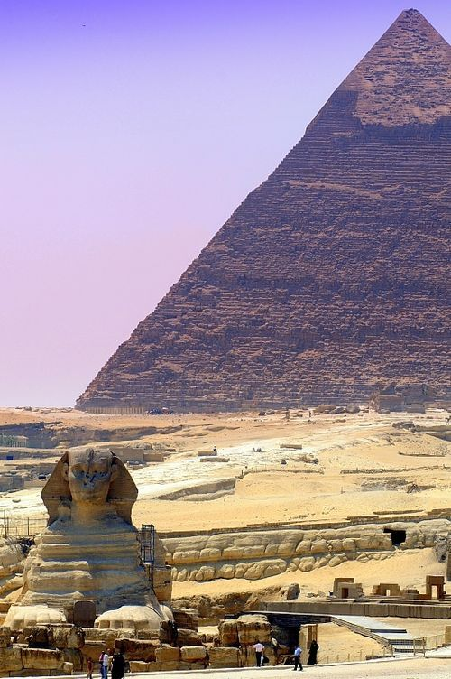 pharaoh khafre sphinx