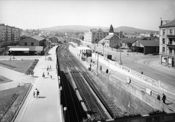 Oslo Majorstuen stasjon utsikt over stasjonsområdet 1955 Foto Robert Charles Wilse