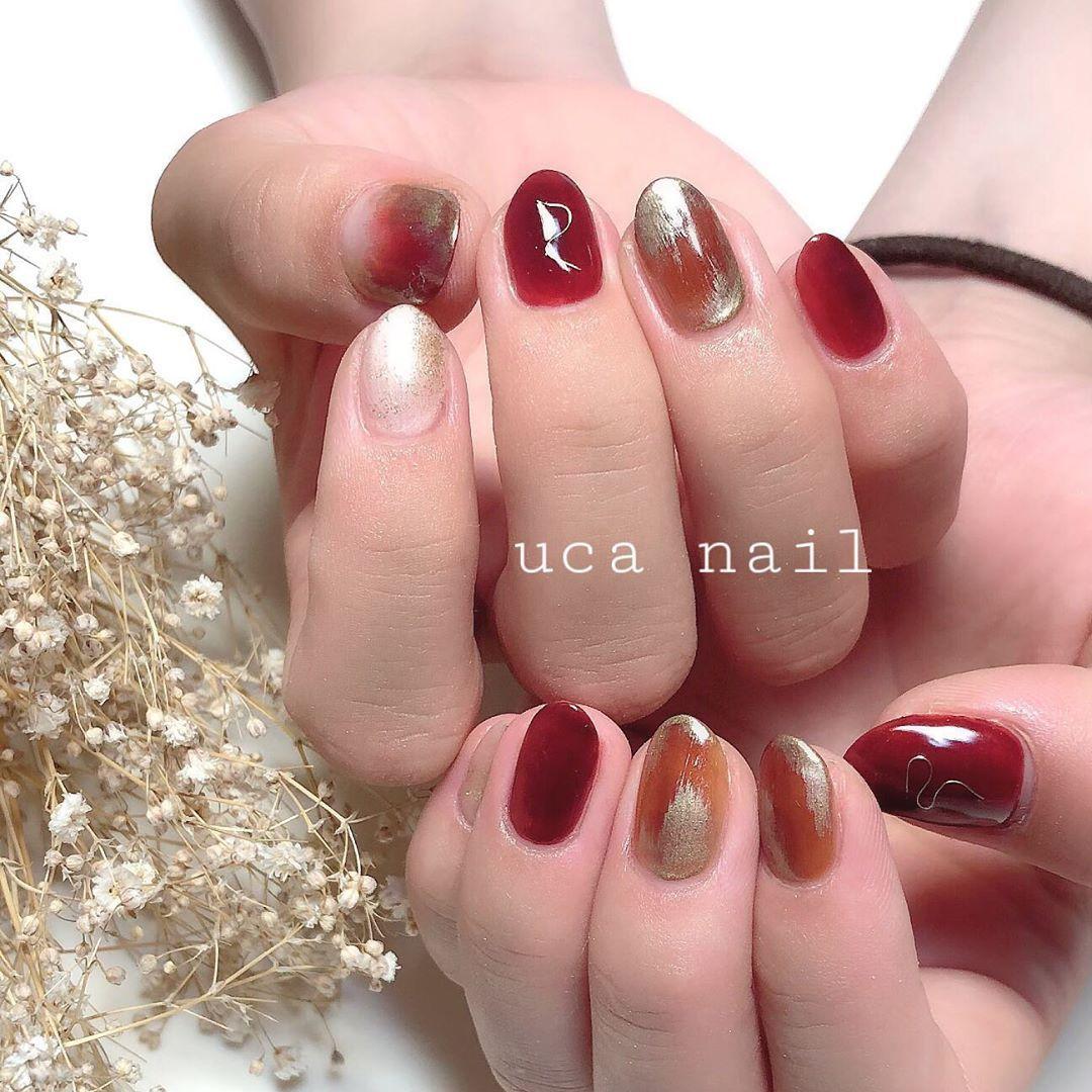 red × brown 🍁 、 #セルフネイル #いいね返し #ネイルデザイ…
