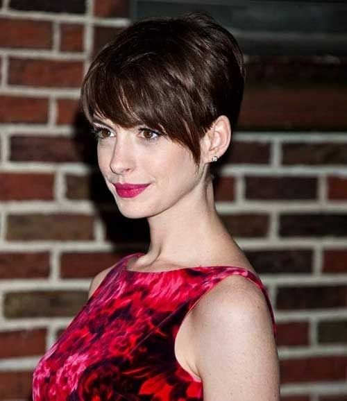 Anne Hathaway Now And Then: 20 Best Anne Hathaway Pixie Cuts