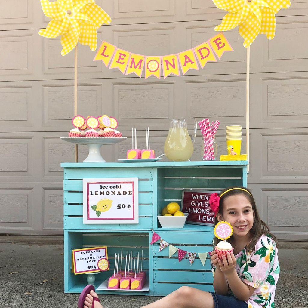 Diy lemonade stand with images diy lemonade stand diy