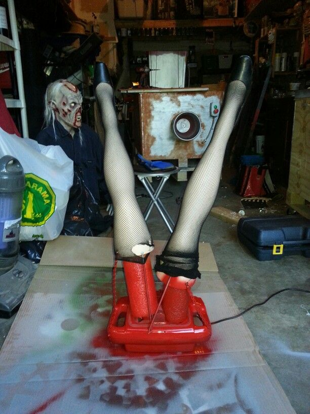 Finished Leg Mechanism For Meat Grinder Prop Halloween