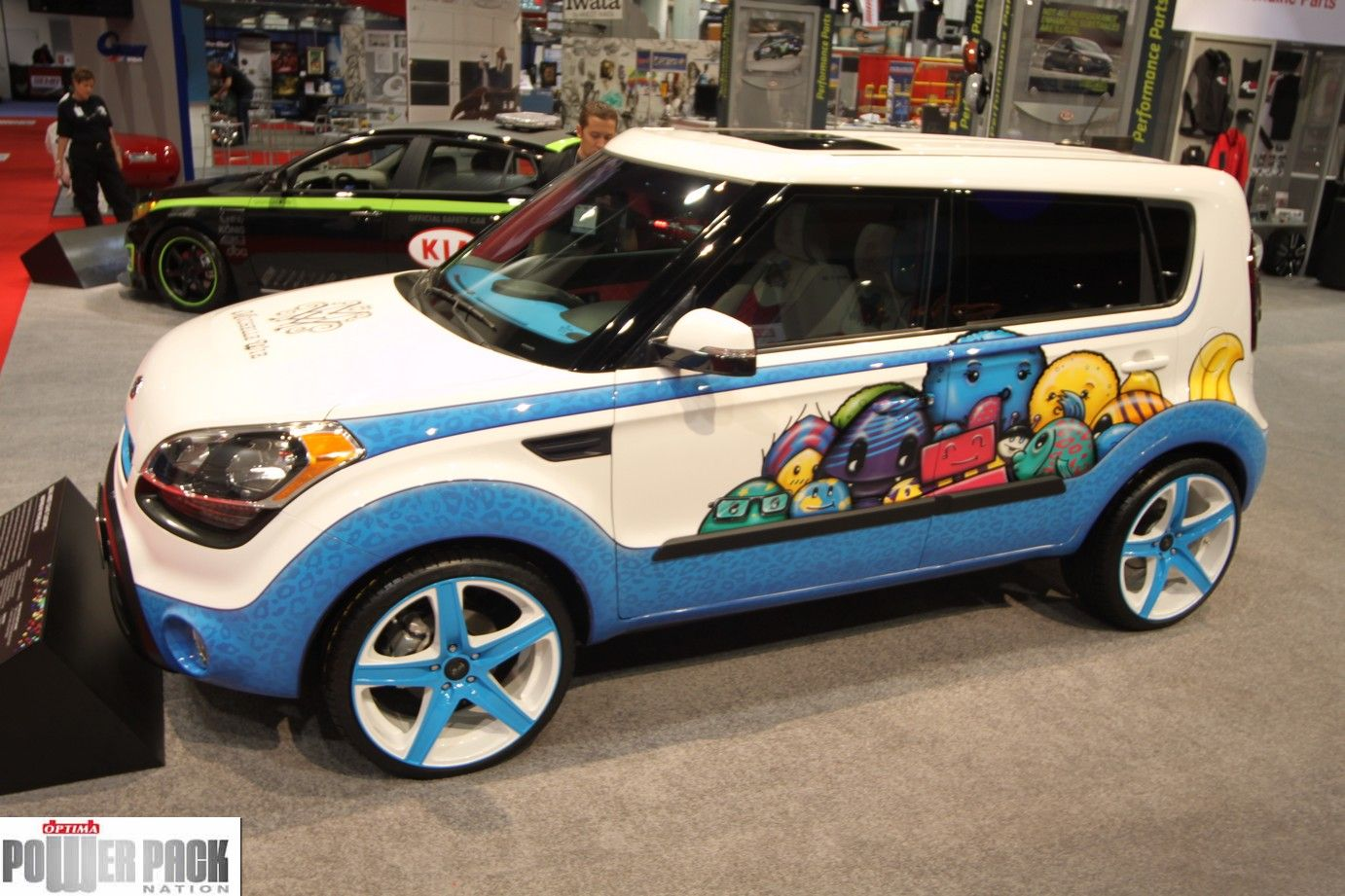 Built By West Coast Customs The Golf Themed Hole In One Kia Soul Was Inspired By Golfer Michelle Wie And Displayed At Sema Kia West Coast Customs Kia Soul