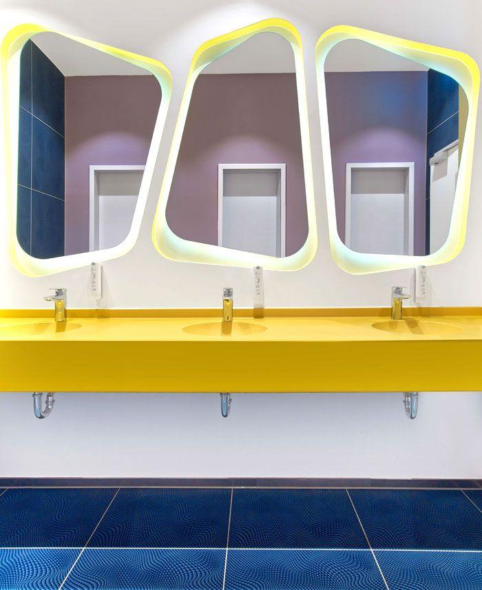 Bonaldo at the new prizeotel hannover bathrooms for Interior design hannover