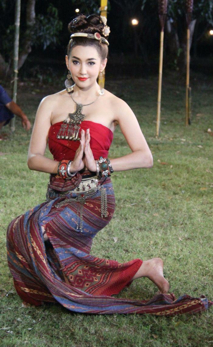 Bella ranee thai costume thai dress in pinterest costumes