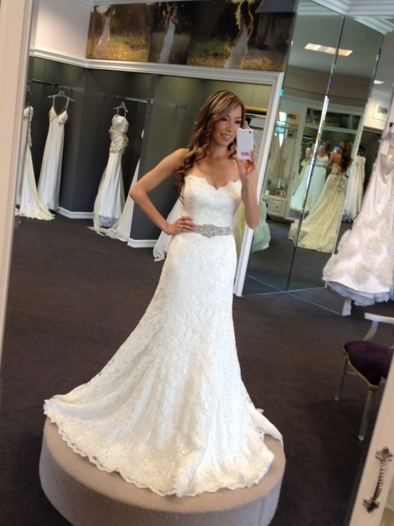 Gorgeous!! This would look Beautiful on my daughter Danja!! =)
