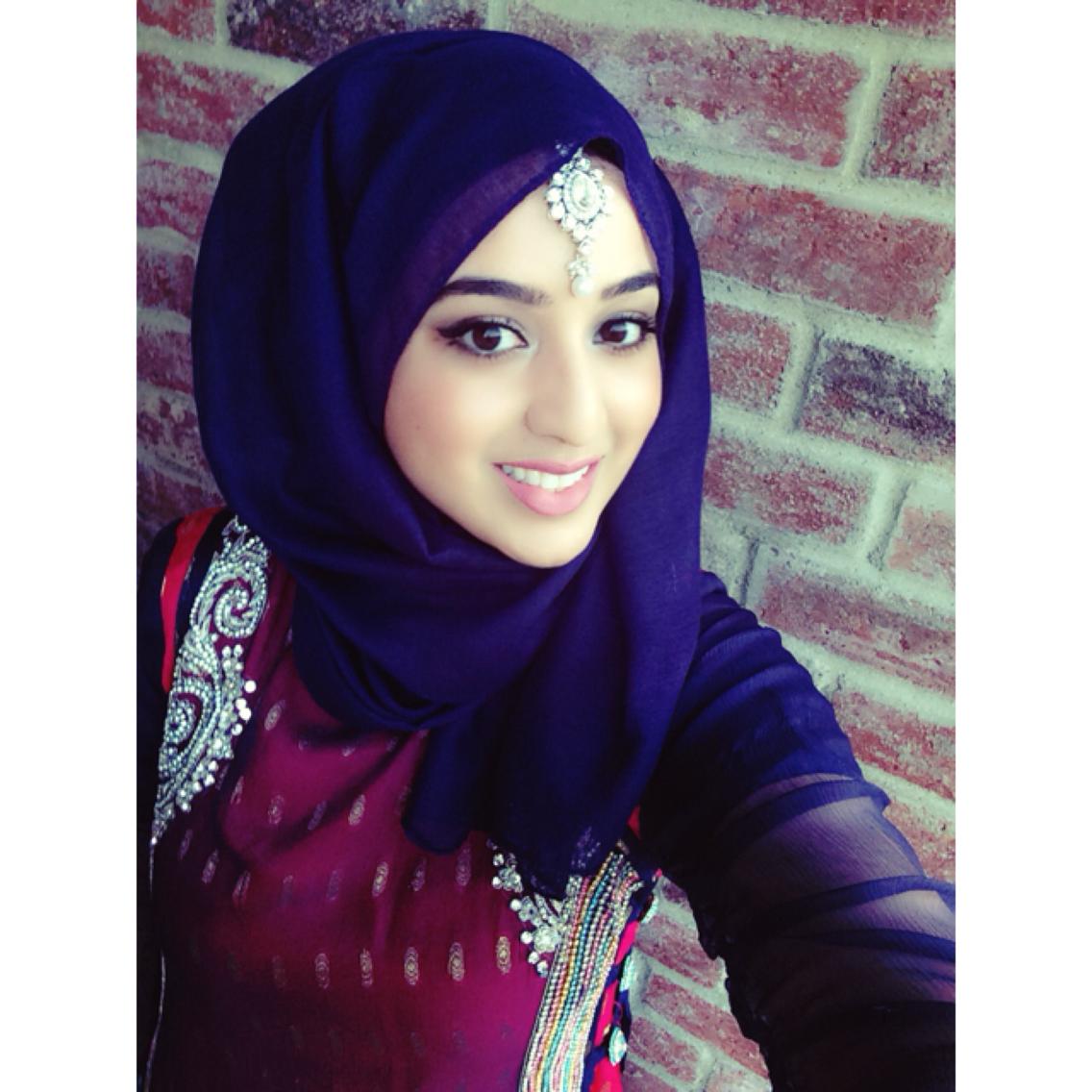 Safoorasheed Hijabi Fashion Pakistani Outfit Desi Wedding Segiempat Shabby Chic Sj0004 Maang Tikkah Blue Hijab Safoorai