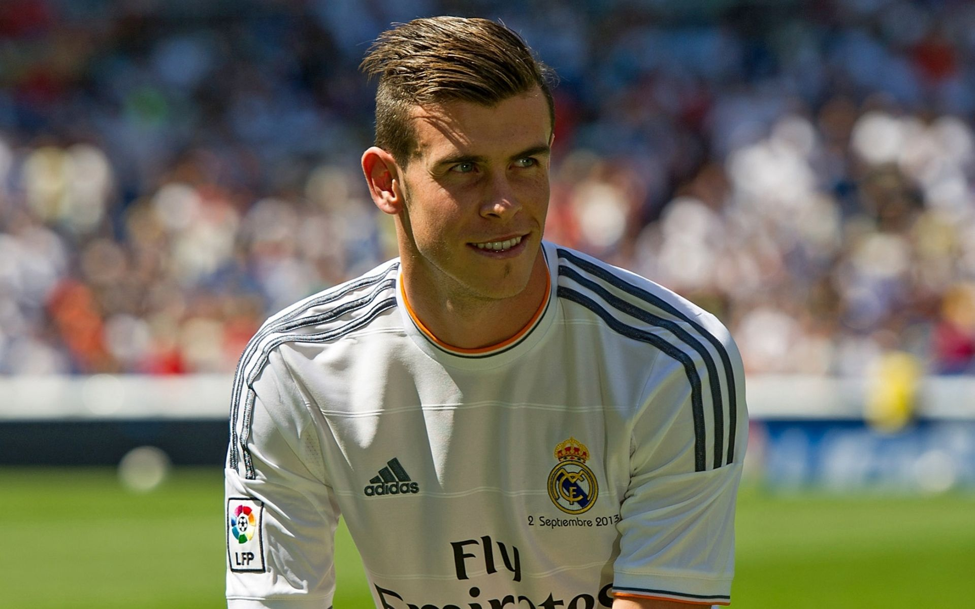 Enjoy Our Newest Photo Gallery Of Gareth Bale Wallpapers Download These New Gareth Bale Pho Soccer Player Hairstyles Soccer Players Haircuts Soccer Hairstyles