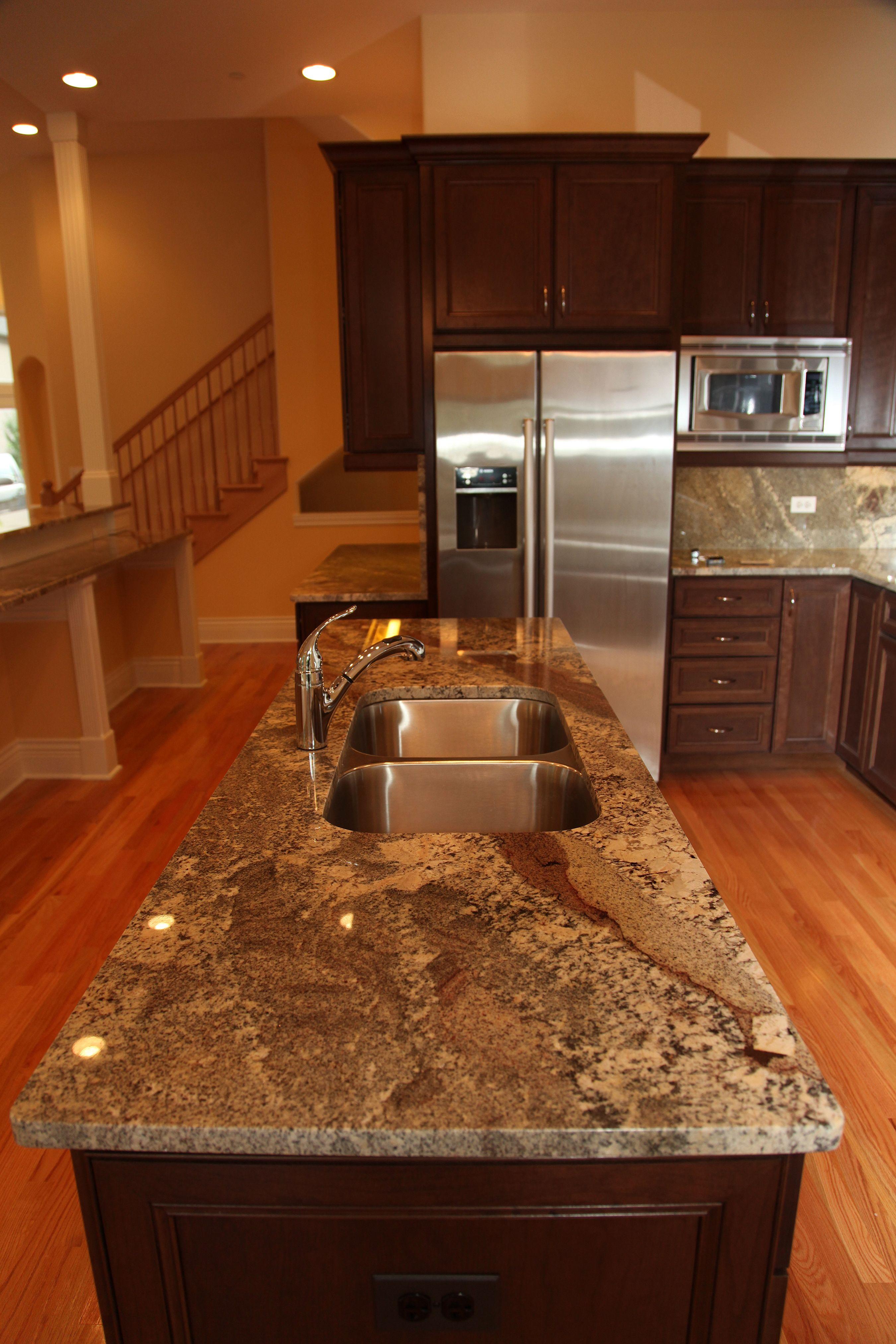 kitchens with dark cabinets and light granite | Kitchen ...