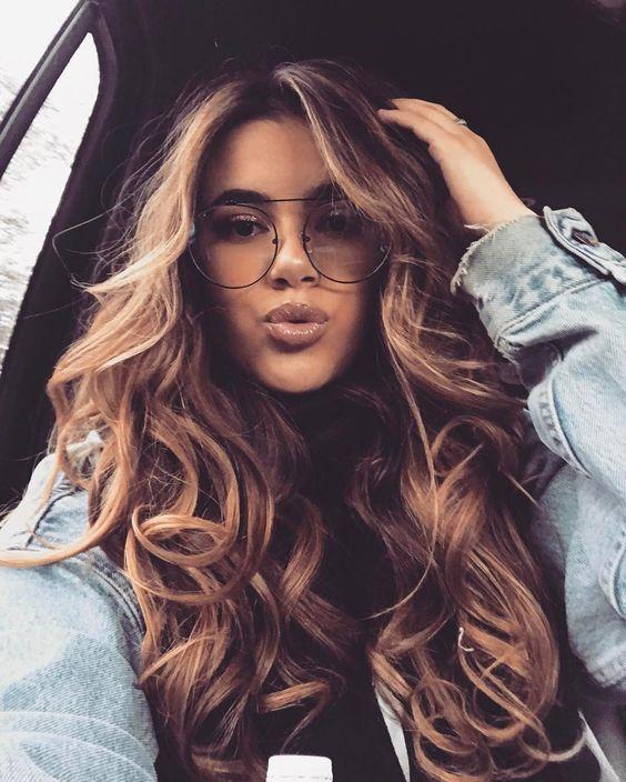 zus tzliches volumen braune haare mit blonden highlights haare gef rbt pinterest braune. Black Bedroom Furniture Sets. Home Design Ideas
