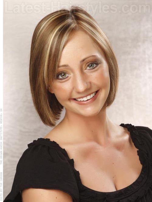 Fashion in Layered Medium Bob Hairstyle for Thick Hair ...  |Bobbed Hair For Thick