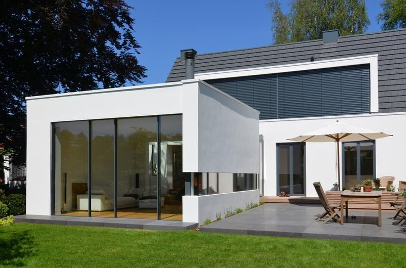 anbau mit neuer terrasse satteldach wohnhaus und anbau. Black Bedroom Furniture Sets. Home Design Ideas